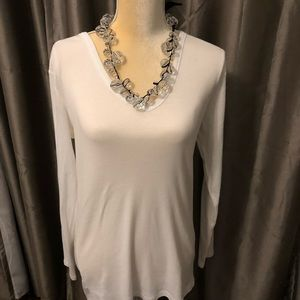 White Long sleeve Tee New without tag
